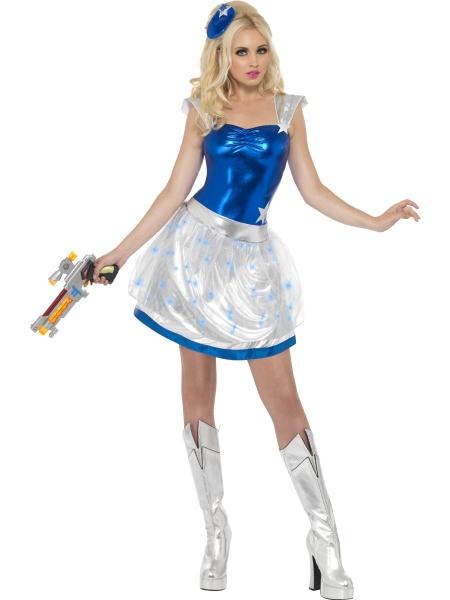d0b13901de8e Tento poutavý kostým mimozemské ženy se hodí na všechny párty z  budoucnosti